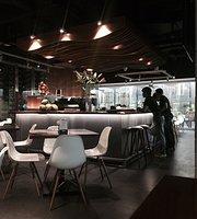 Noa Restaurant & Bar