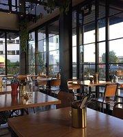 Crave Restaurant Cafe