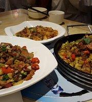 Juanjuan Restaurant (Wenyun Street)