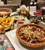 Mom's Food & Kitchen Restaurant