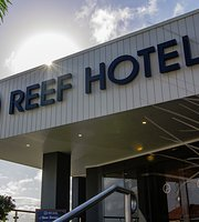 Gladstone Reef Hotel