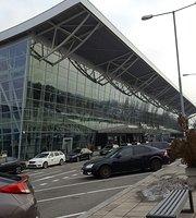 Caproni Bar Bratislava Airport