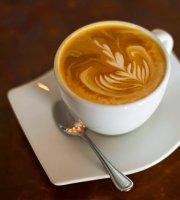 Tres Hojas Café