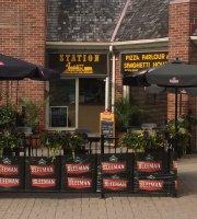 Station Pizza Parlour & Spaghetti House