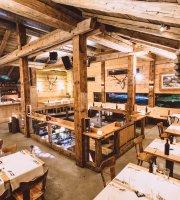 Obertor Apres-Ski Bar Grill
