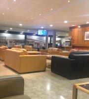 MEA Cedar Lounge