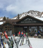 Arapahoe Basin Black Mountain Lodge