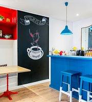 La Piscine Cafe