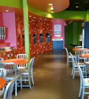 Stakz Frozen Yogurt