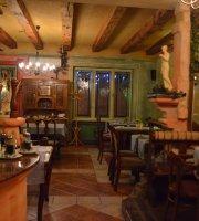 Mediterran Restaurant & Cafe