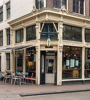 Cafe De Huyschkaemer