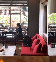 Maiya's Cafe