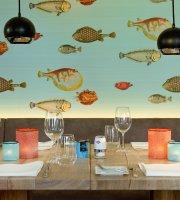 Coast Restaurant & Weinbar