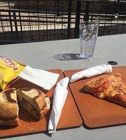 Double D's Sourdough Pizzeria & TapHouse