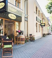 VYNO UOGA, Wine and Garden Restaurant, Shop