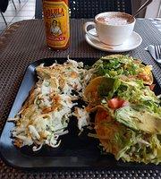 Cafe Lush