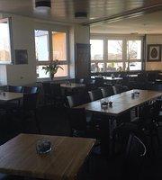 Arena Restaurant Lounge Bar