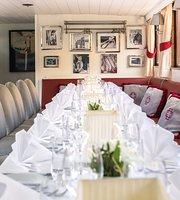 Scharff's Restaurantschiff auf der HS Patria