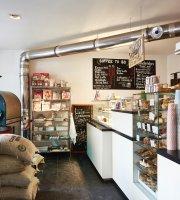 Barcomi's coffeeroastery