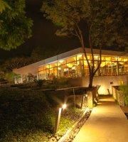 Las Mengalas Restaurant