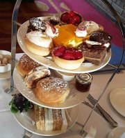 Cafe Bar & Afternoon Tea at BEST WESTERN PLUS Parkway Hotel & Spa