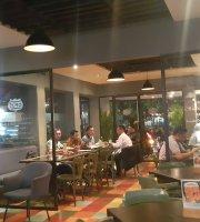 Opus Cafe
