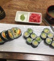 Roll n Sushi