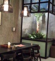 Krung Siam Thai Restaurant and Bar