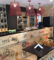 FUNES Café y Bistró