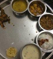 MAYUR Veg. Thali - Deccan