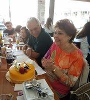 La Cubana Restaurant