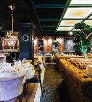 Monumental Restaurant