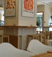 Madal Cafe - Espresso & Brew Bar