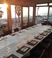 Atmosfera Versatile - Restaurant Lounge Bar -