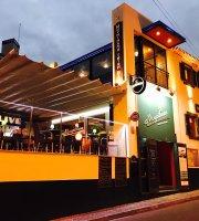 Moynihans Irish Bar