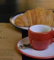 Komunal 88 Cafe-Market