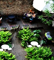 Dynia Resto Bar