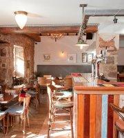 East Neuk Hotel - Bar/Restaurant