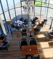 Hotel Utkiek & Pier 19