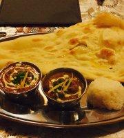 Indo Curry Narimasu Kitchen