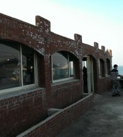 Seawall Cafe