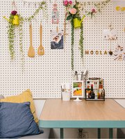 Moola Cafe
