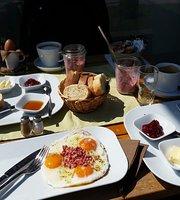 Cafe Dorn