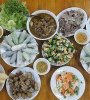 Nha La Restaurant