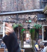 Stonegate Yard Bar & Brasserie