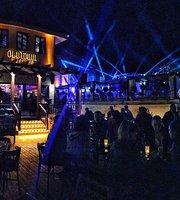 Old Town Pub & Bistro