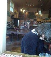 Cafe La Boheme
