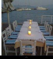 Saronis Restaurant