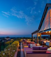 Above Rooftop, Lounge & Bar