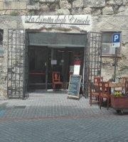 La Grotta degli Etruschi